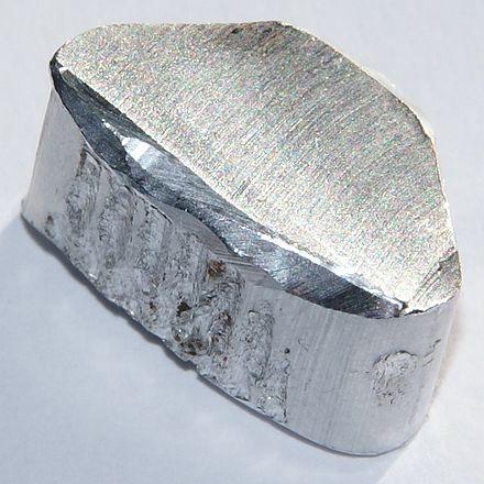 440px-aluminium-4.jpg