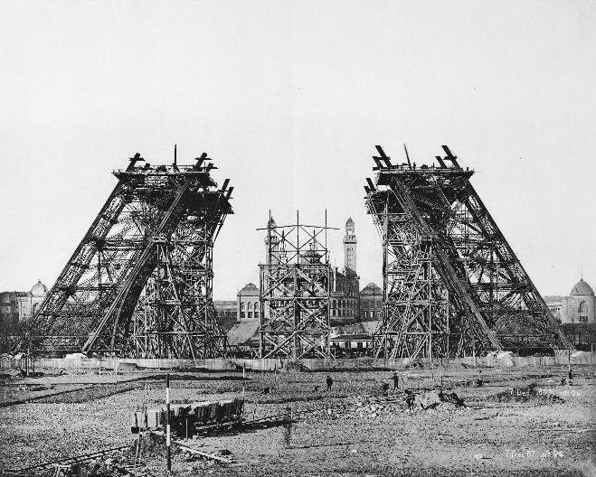 Construction_tour_eiffel2.JPG