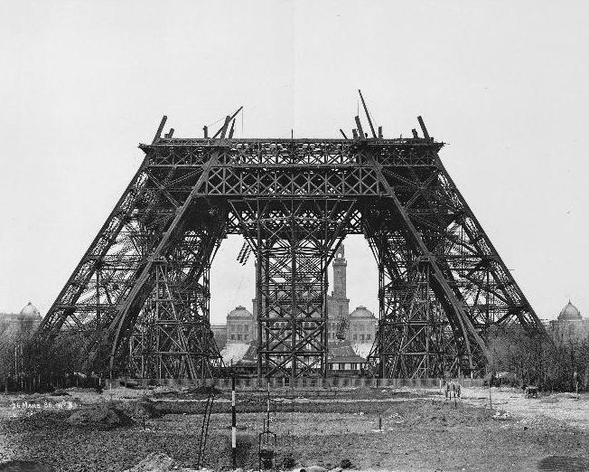 Construction_tour_eiffel3.JPG